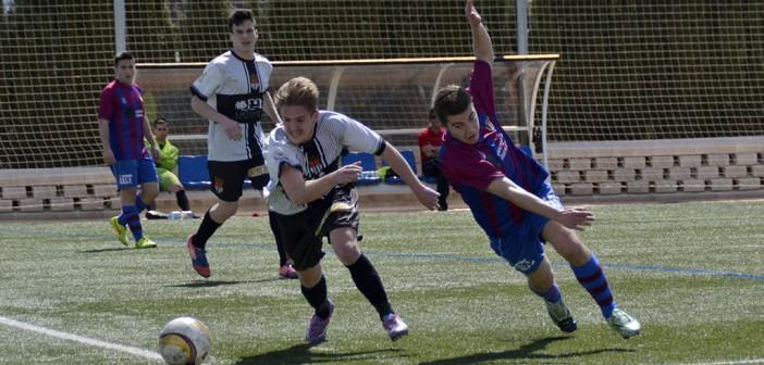 Instante del partido entre Yeclano B y Espinardo Atlético