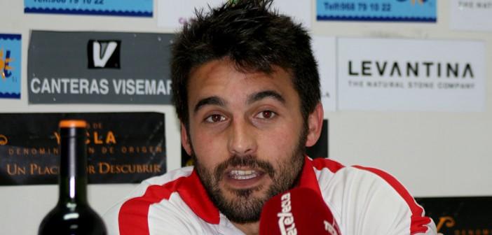 Sánchez da explicaciones en sala de prensa tras la derrota ante La Unión / Á. Ayala