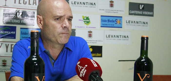 Sanjuán comparece en sala de prensa tras vencer al Alhama / Á. Ayala