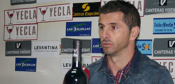 Juan Manuel Hoyos comparece en sala de prensa / Á. Ayala