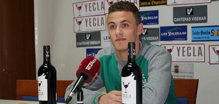 El joven cancerbero, en rueda de prensa / Á. Ayala