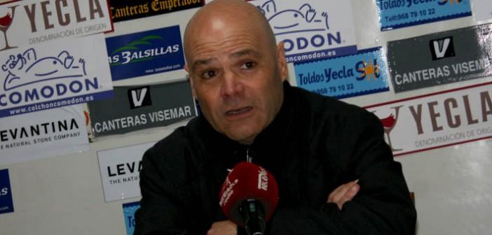 El técnico azulgrana comparece en sala de prensa / Á. Ayala