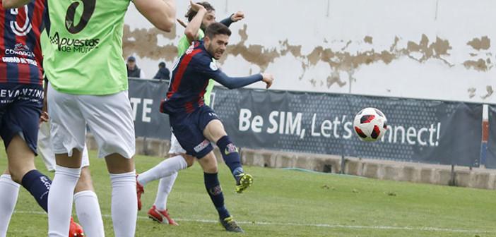 Varela anota un gol frente al Olímpico de Totana